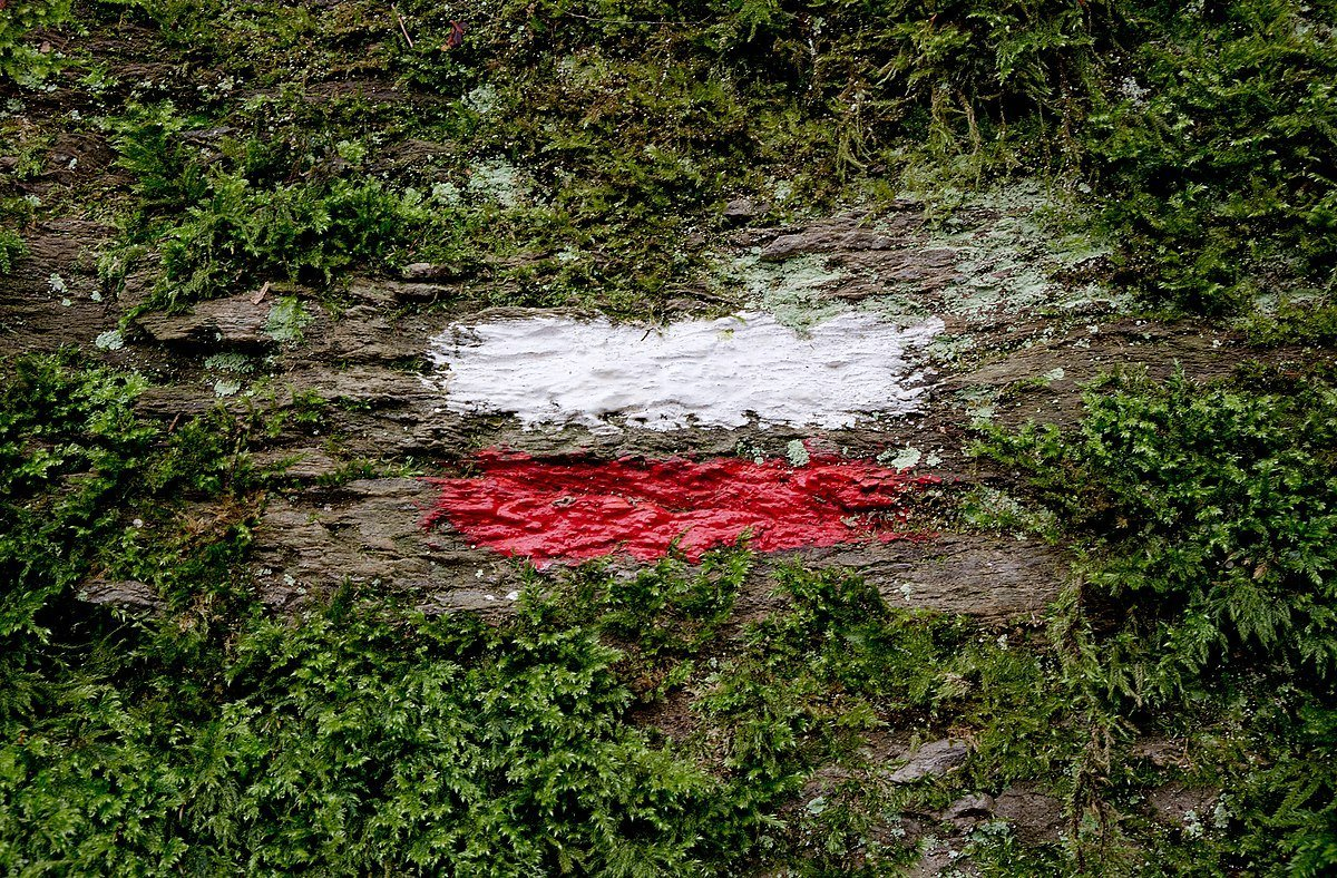HOW TO: Follow Trail Markers and Trail Blazes in Europe